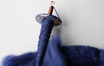 Spindle with merino